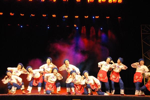 《老妈妈》赴京参加cctv舞蹈大赛,央视3套将全程直播.